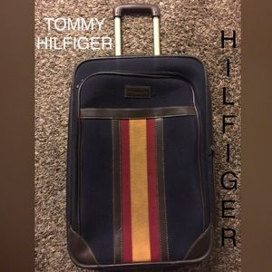 Tommy Hilfiger rolling luggage with handle